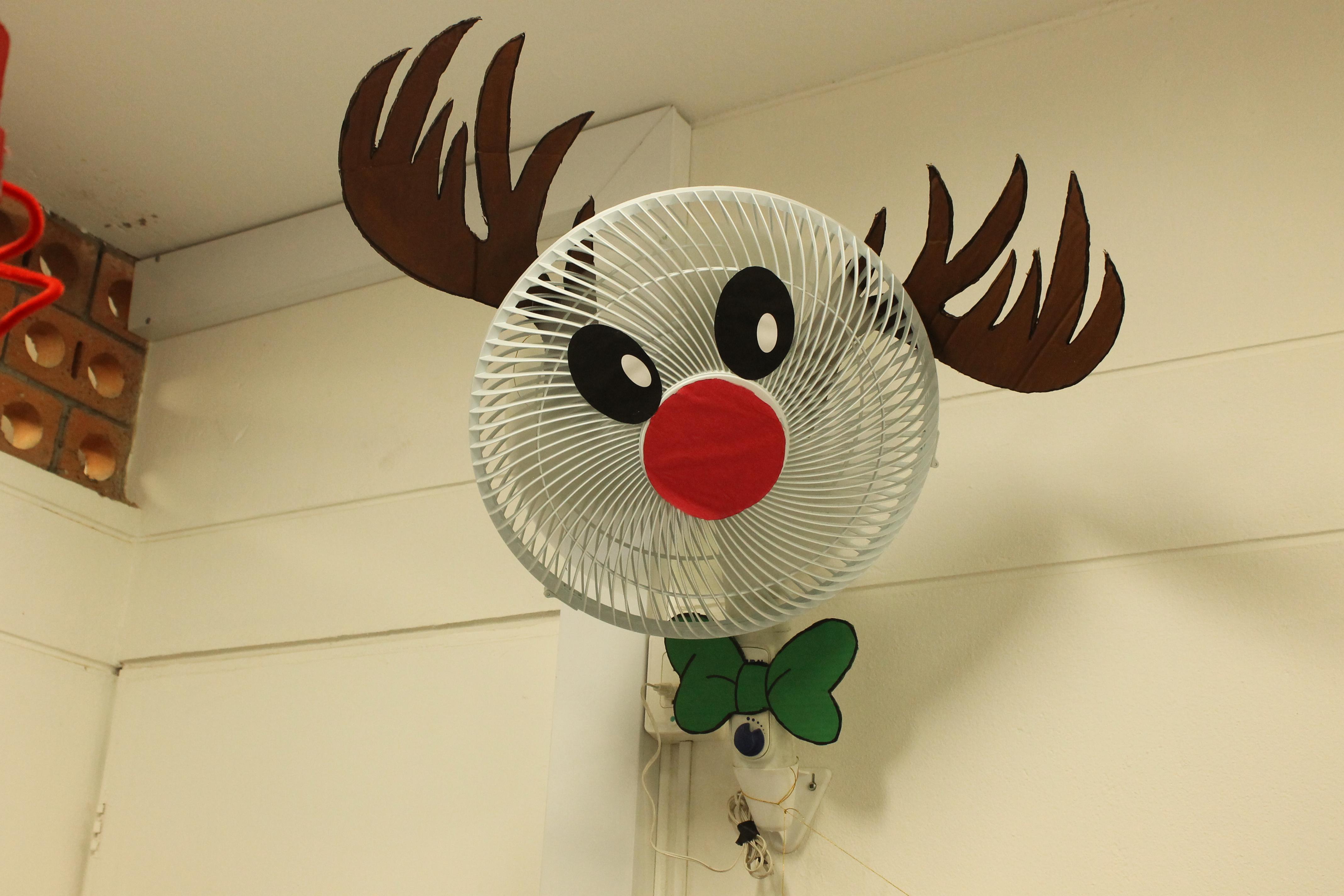 Ganadores unab decora la navidad universidad aut noma - Decoracion de navidad para oficina ...